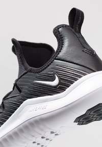 Nike Performance - HYPERFLORA FREE TR ULTRA - Zapatillas de entrenamiento - black/white/anthracite - 5