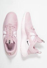 Nike Performance - RENEW ARENA - Juoksukenkä/neutraalit - plum chalk/black/pale pink/pink foam - 1