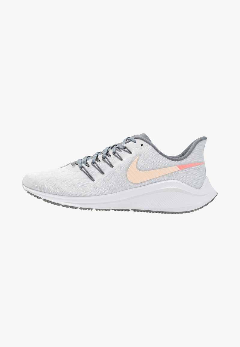 Nike Performance - AIR ZOOM VOMERO  - Neutral running shoes - pure platinum/crimson tint/cool grey/lava glow/white