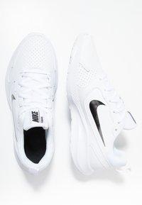 Nike Performance - TODOS - Scarpe running neutre - white/black - 1