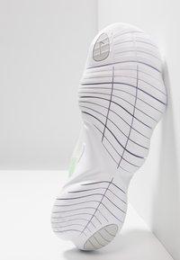 Nike Performance - FREE RN 5.0 - Minimalist running shoes - platinum tint/pure platinum/white/volt - 4