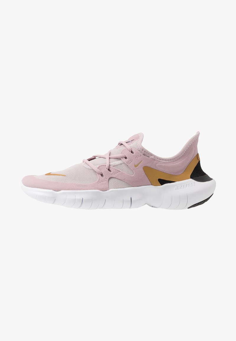 Nike Performance - FREE RN 5.0 - Minimalist running shoes - plum chalk/metallic gold/platinum violet