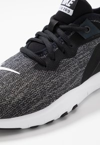 Nike Performance - FLEX - Sneakers - black/white/anthracite - 5