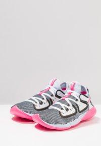 Nike Performance - FLEX 2019 RN - Obuwie do biegania treningowe - half blue/hyper pink/white/black - 2