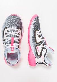 Nike Performance - FLEX 2019 RN - Obuwie do biegania treningowe - half blue/hyper pink/white/black - 1