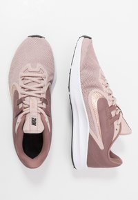 Nike Performance - DOWNSHIFTER  - Scarpe running neutre - smokey mauve/metalic red bronze/stone mauve/black - 1