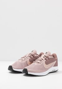Nike Performance - DOWNSHIFTER  - Scarpe running neutre - smokey mauve/metalic red bronze/stone mauve/black - 2