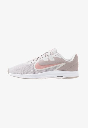 DOWNSHIFTER  - Neutral running shoes - vast grey/rust pink/pumice/white