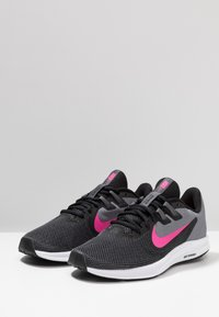Nike Performance - DOWNSHIFTER  - Neutral running shoes - black/laser fuchsia/dark grey/white - 2