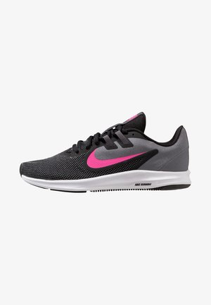DOWNSHIFTER  - Zapatillas de running neutras - black/laser fuchsia/dark grey/white