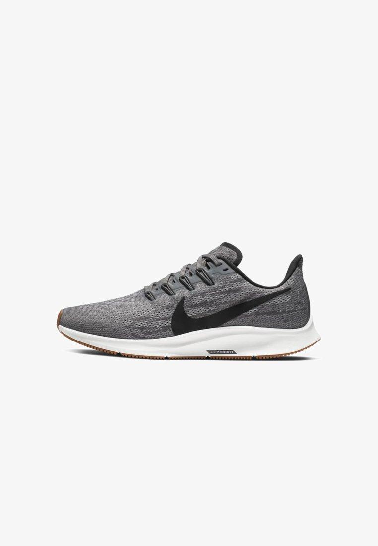 Nike Performance - AIR ZOOM PEGASUS 36 - Laufschuh Stabilität - grey/white/black