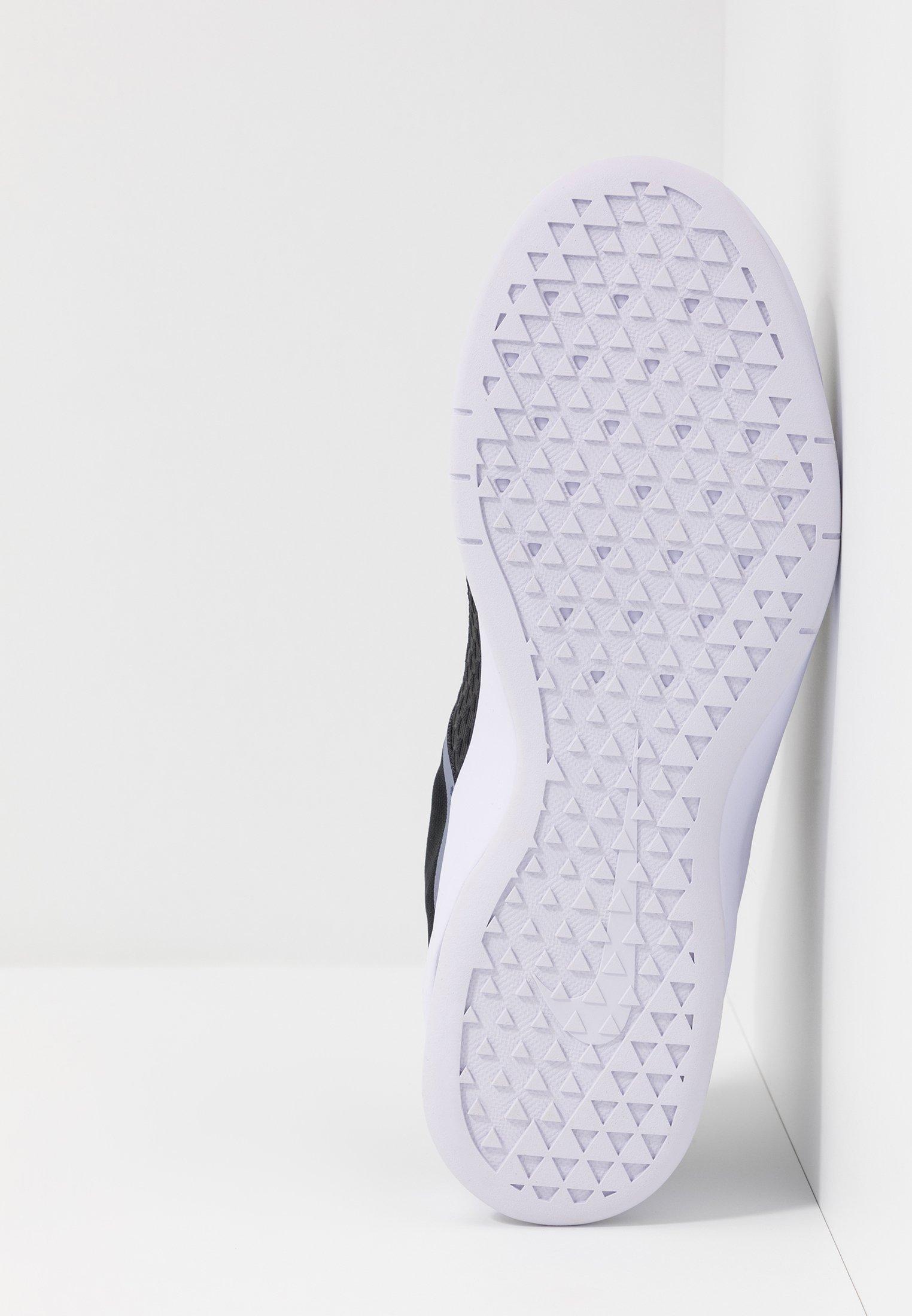 Nike Performance AIR MAX BELLA TR 2 - Obuwie treningowe - off noir/stellar indigo