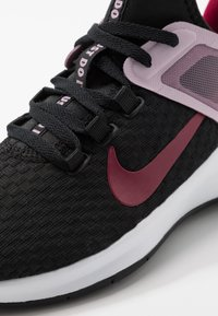 Nike Performance - AIR MAX BELLA TR 2 - Sports shoes - black/noble red/iced lilac/pistachio frost/white - 5