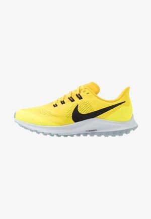 AIR ZOOM PEGASUS 36 TRAIL - Zapatillas de trail running - opti yellow/black-speed yellow-lemon venom-obsidian mist-aura