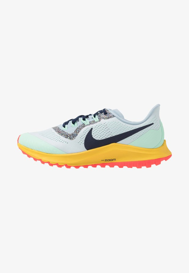 AIR ZOOM PEGASUS 36 TRAIL - Løbesko trail - aura/blackened blue/light armory blue/mint foam/speed yellow/laser crimson