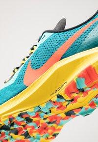 Nike Performance - AIR ZOOM PEGASUS 36 TRAIL - Zapatillas de trail running - geode teal/bright crimson/black/chrome yellow/aurora green - 5