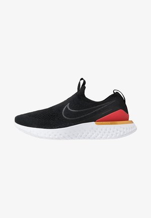 EPIC PHANTOM REACT - Obuwie do biegania treningowe - black/university red/metallic gold
