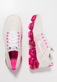 Nike Performance - AIR VAPORMAX FLYKNIT 3 - Juoksukenkä/neutraalit - phantom/white/laser fuchsia/pink rise - 1