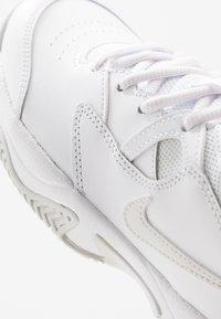 Nike Performance - COURT LITE 2 - Multicourt tennis shoes - white/photon dust/pink foam - 5