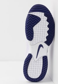 Nike Performance - COURT LITE 2 - Buty tenisowe uniwersalne - barely grape/regency purple/violet mist - 4