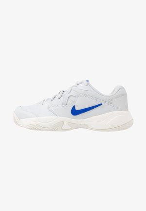 COURT LITE 2 - Clay court tennis shoes - pure platinum/racer blue/metallic/platinum/pink blast/phantom