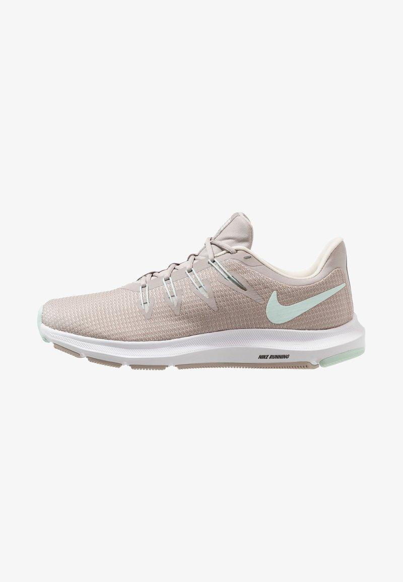 Nike Performance - QUEST DAMEN - Laufschuh Stabilität - moon particle/teal tint/pale ivory/white