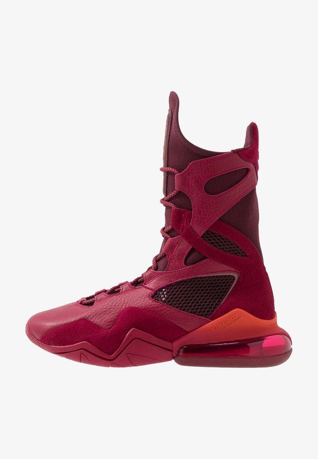 AIR MAX BOX - Scarpe da fitness - noble red/night maroon/team orange