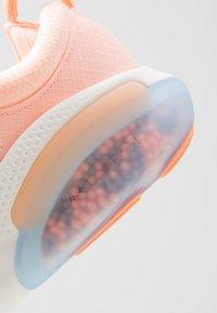 Nike Performance - JOYRIDE RUN - Juoksukenkä/neutraalit - sunset tint/orange pulse/pink quartz/crimson tint/sail - 5