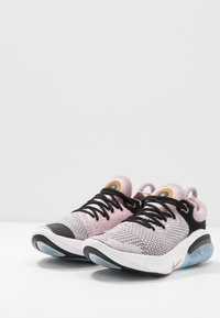 Nike Performance - JOYRIDE RUN - Neutral running shoes - plum chalk/black/platinum violet/metallic gold/white - 2