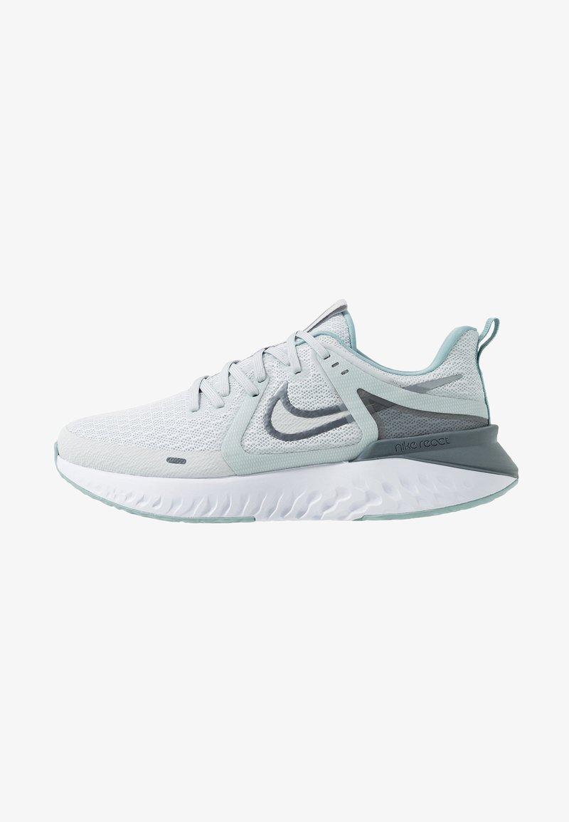 Nike Performance - LEGEND REACT 2 - Juoksukenkä/neutraalit - pure platinum/metallic cool grey/cool grey
