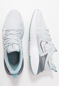 Nike Performance - LEGEND REACT 2 - Juoksukenkä/neutraalit - pure platinum/metallic cool grey/cool grey - 1