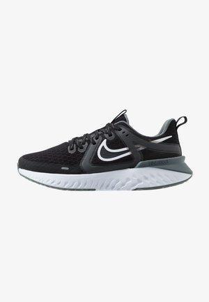 LEGEND REACT 2 - Obuwie do biegania treningowe - black/white/cool grey/metalliccool grey