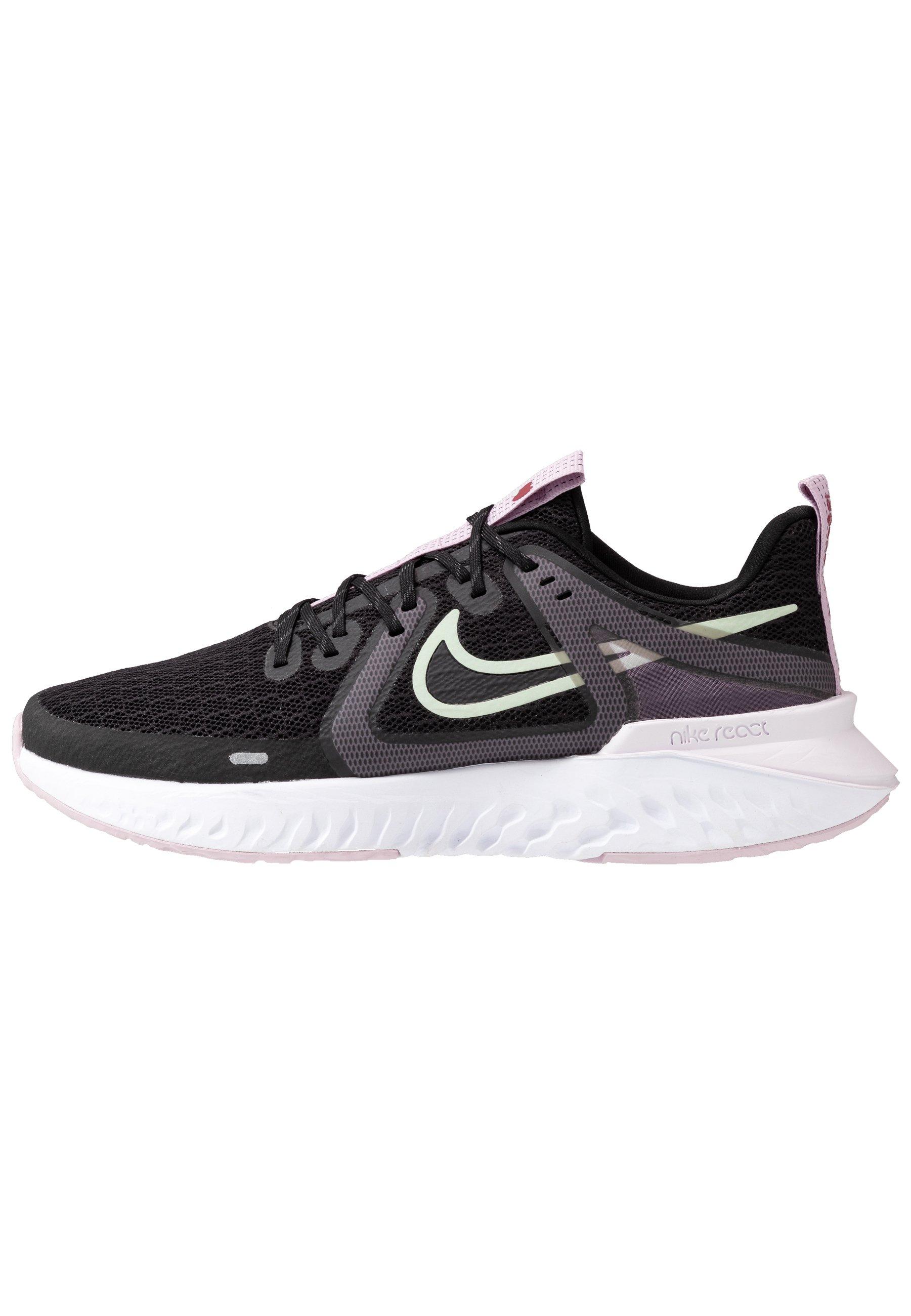 Nike Performance LEGEND REACT 2 Neutrala löparskor black