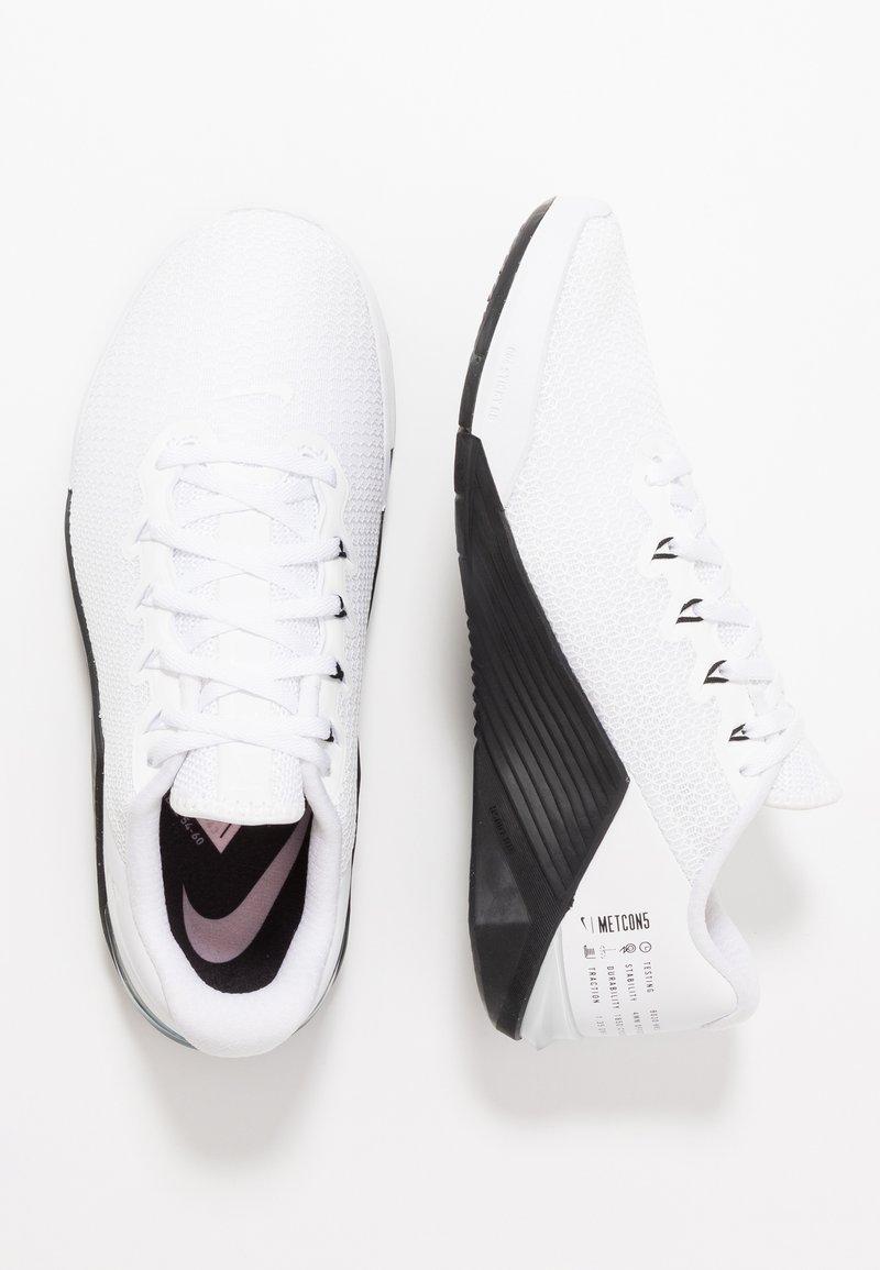 Nike Performance - METCON 5 - Sportovní boty - white/black