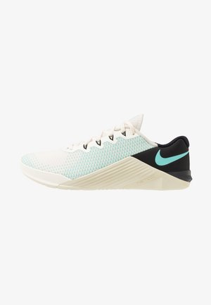 METCON 5 - Sports shoes - pale ivory/aurora green/black/fossil