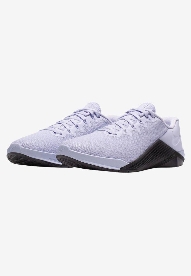 D'entraînement Fitness Nike Ivory Performance Grey pale oil Et Lavender Mist De MetconChaussures wPTlZukXOi