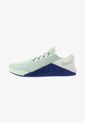 METCON 5 - Sports shoes - pistachio frost/deep royal blue/spruce aura