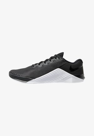 METCON 5 - Sports shoes - black/white/wolf grey