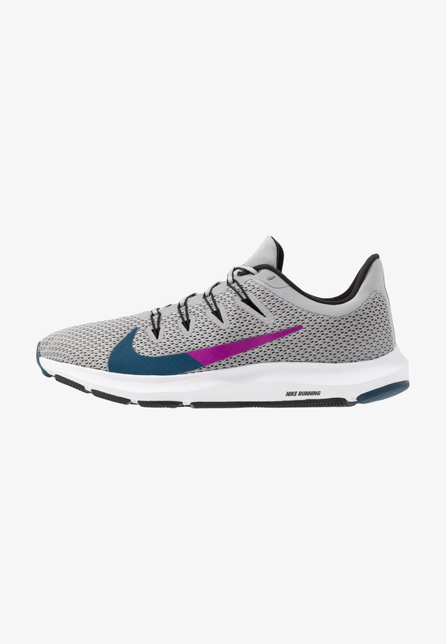 QUEST 2 - Neutral running shoes - light smoke grey/valerian blue/black/vivid purple