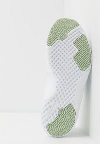 Nike Performance - RENEW IN-SEASON TR 9 - Sports shoes - spruce aura/cerulean/pistachio frost/barely volt-white - 4
