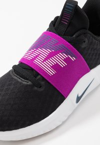Nike Performance - RENEW IN-SEASON TR 9 - Sportovní boty - black/valerian blue/vivid purple/barely rose/white - 5