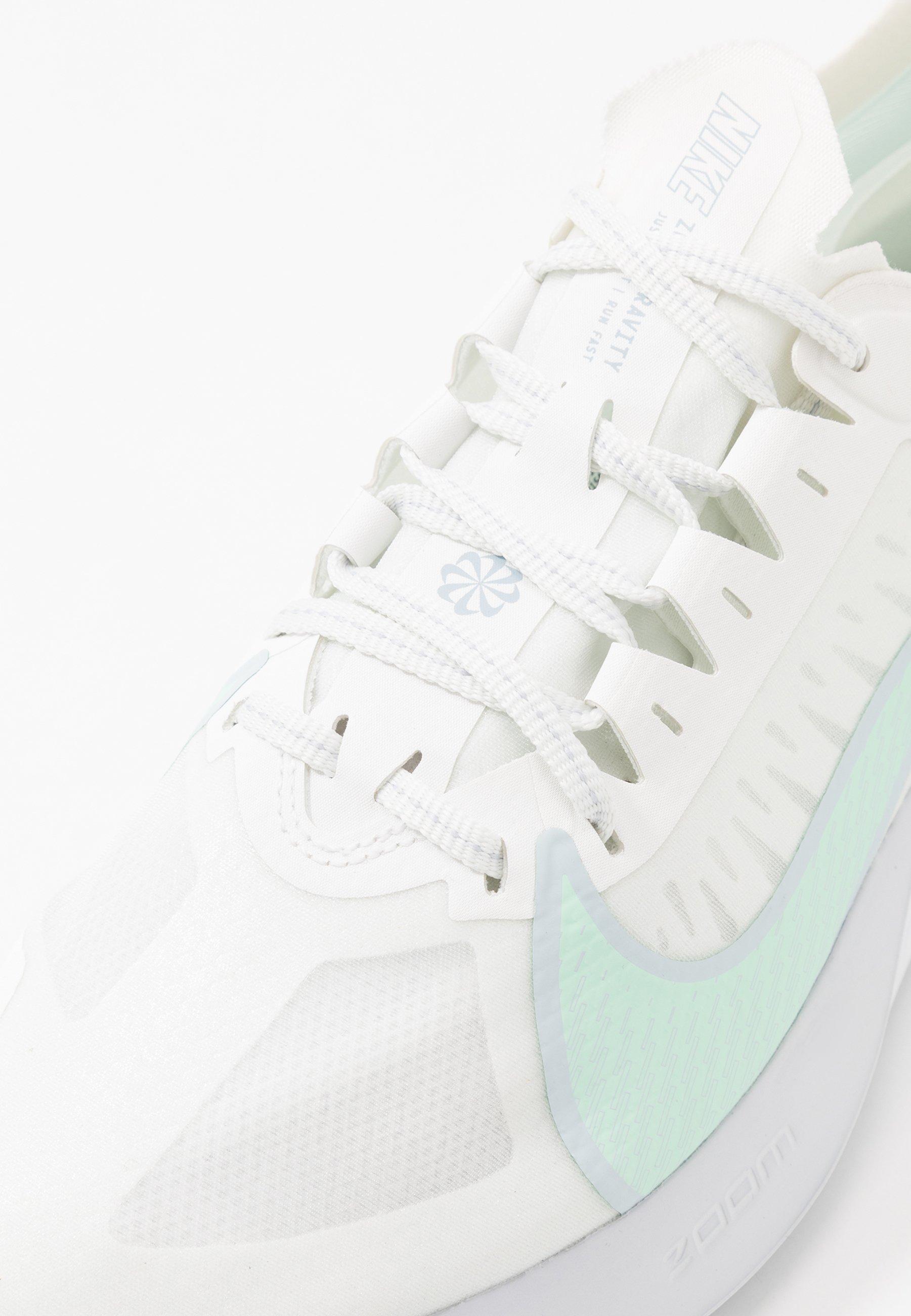 Nike Performance ZOOM GRAVITY - Neutrale løbesko - summit white/mint foam/sky grey/obsidian mist/white