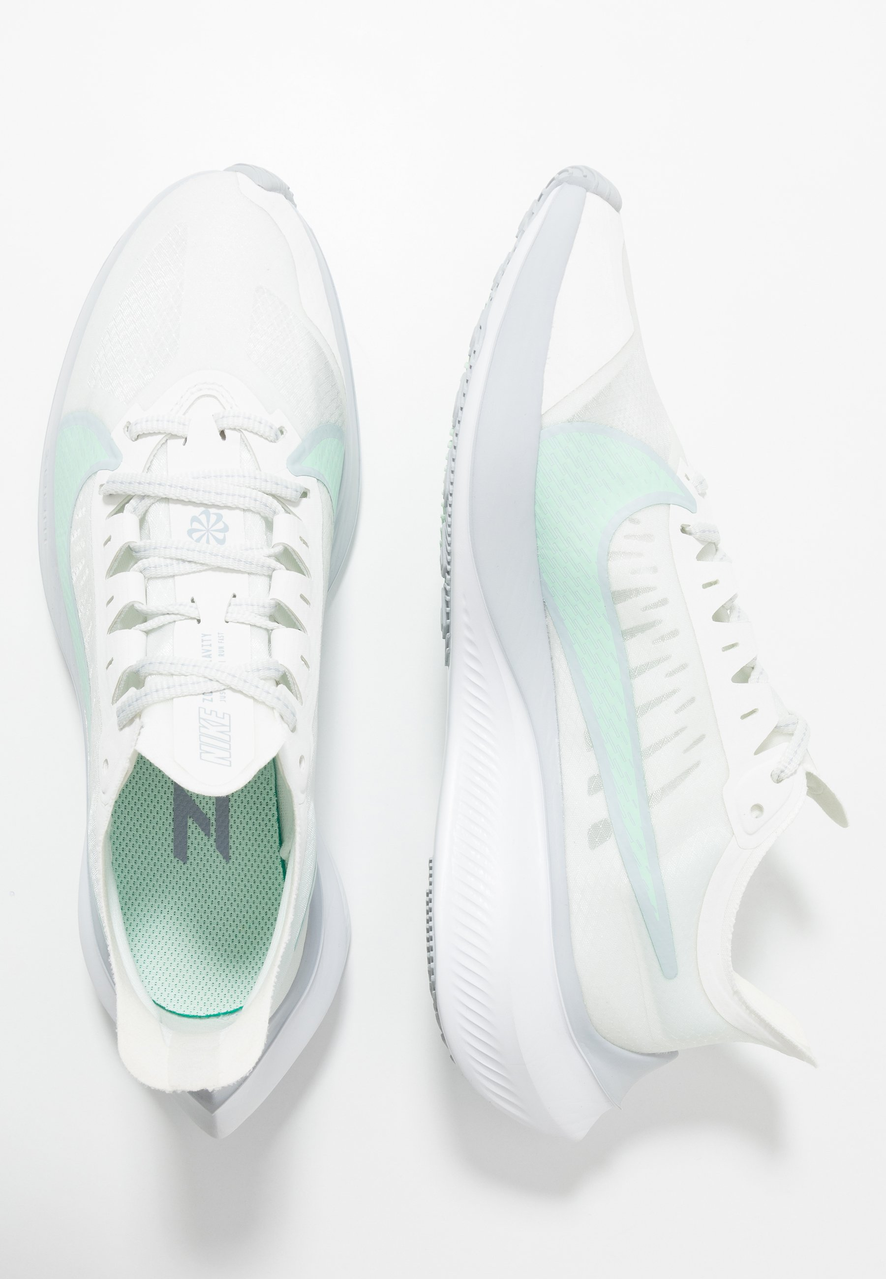 Nike Performance ZOOM GRAVITY - Obuwie do biegania treningowe - summit white/mint foam/sky grey/obsidian mist/white