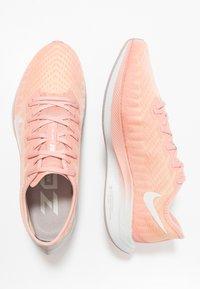 Nike Performance - ZOOM PEGASUS TURBO 2 - Scarpe running neutre - pink quartz/summit white/pale vanilla/pumice/vast grey - 1