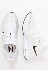 Nike Performance - ZOOM FLY 3 - Obuwie do biegania treningowe - white/black/atmosphere grey - 1