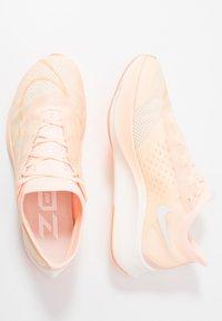 Nike Performance - ZOOM FLY 3 - Scarpe running neutre - crimson tint/white/orange pulse/sail - 1