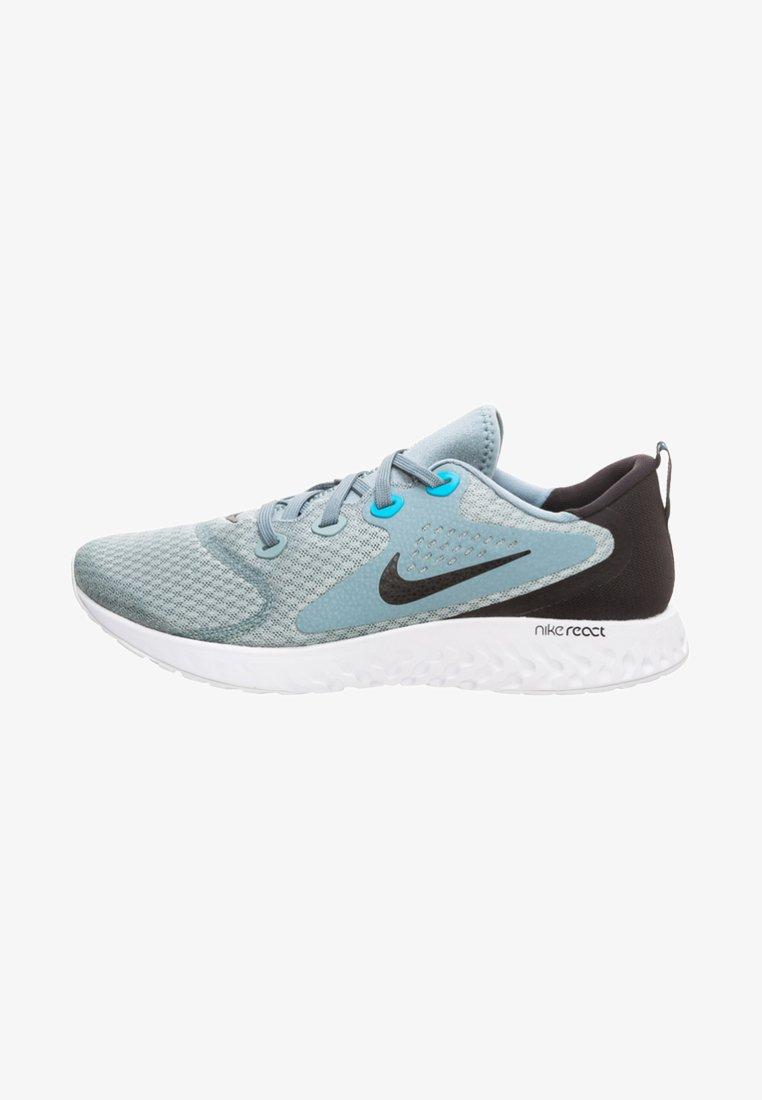 Nike Performance - LEGEND REACT - Obuwie do biegania treningowe - grey