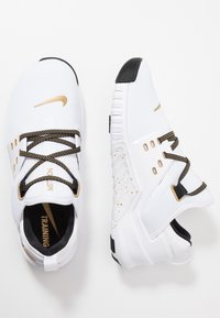 Nike Performance - FREE METCON 2 - Trainers - white/metallic gold/black - 1