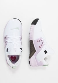 Nike Performance - FREE METCON 2 - Minimalist running shoes - white/noble red/iced lilac/black/pistachio frost - 1