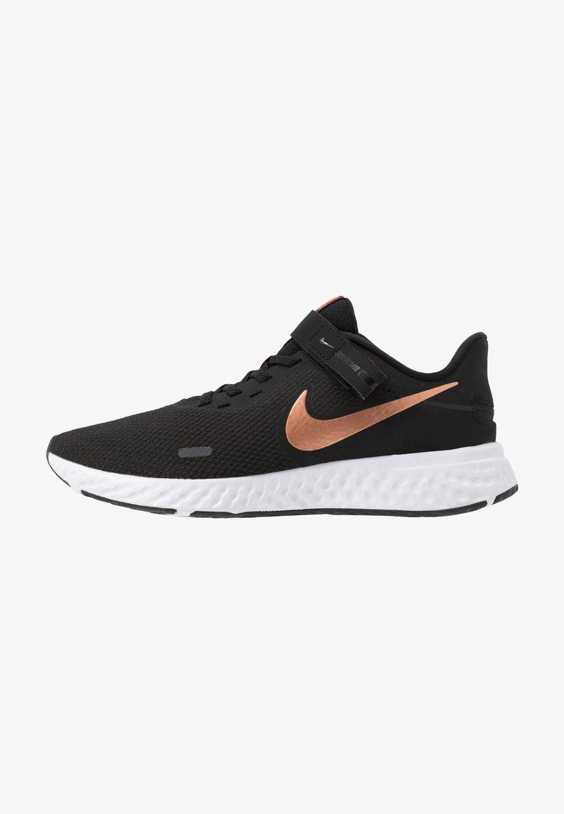 Nike Performance - REVOLUTION 5 FLYEASE - Laufschuh Neutral - black/metallic copper/night maroon